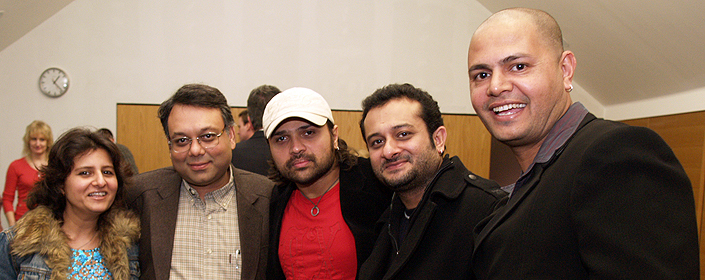 Roopa Chadha (Styling), Vivek Singhania (consulting producer), Himesh Reshammiya (HR), Prashant Chadha (director), Manoj Soni (director of photography)